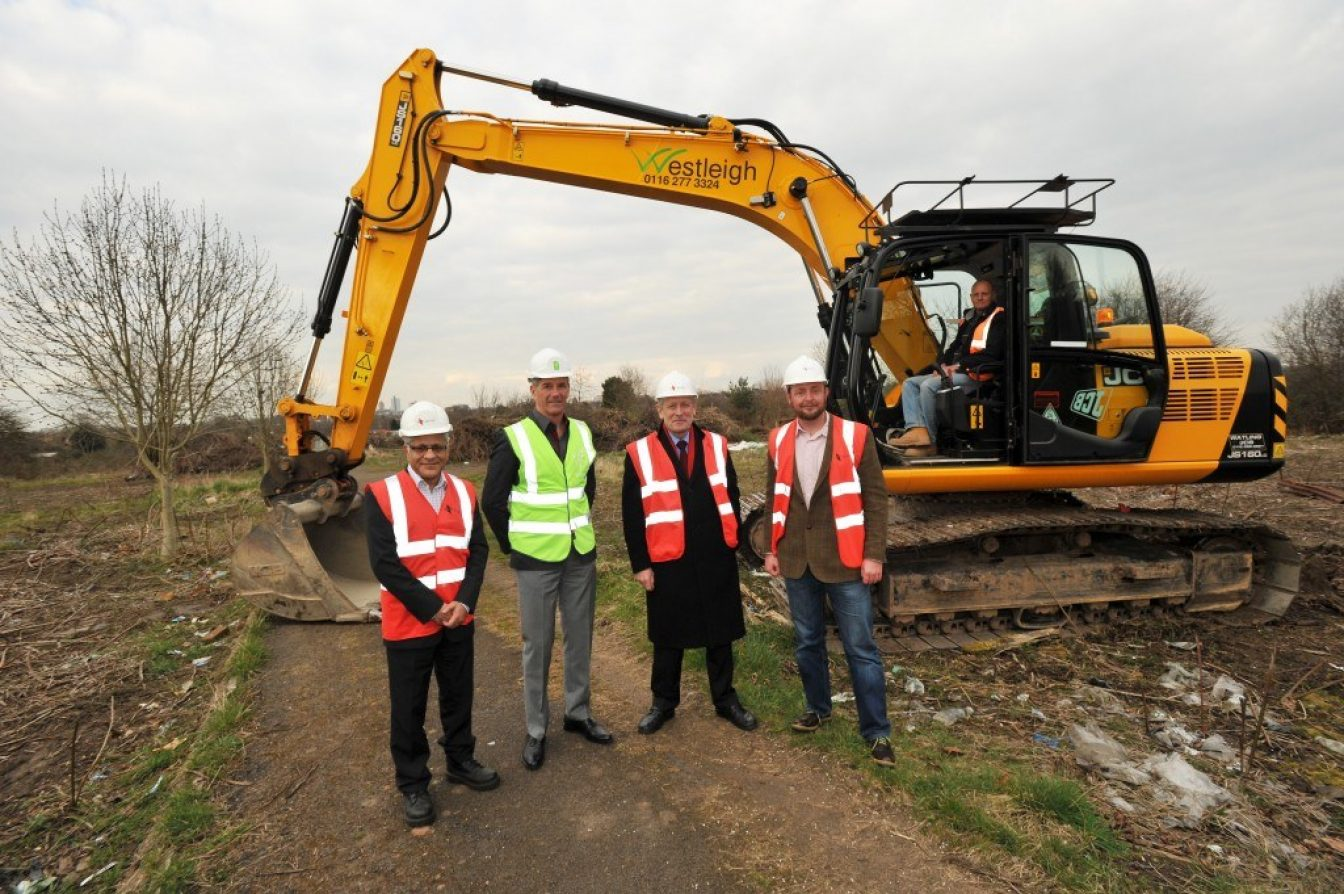 Green homes for Saffron Lane Work is starting on Heathcott Road off Saffron Lane Leicester